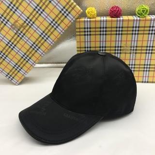バーバリー(BURBERRY)のBurberry  男女兼用 帽子(キャップ)