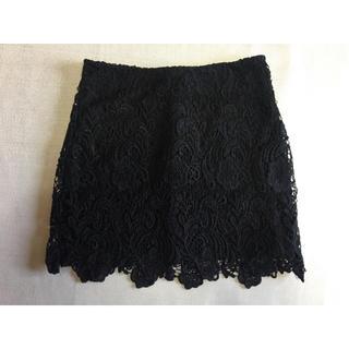 エイチアンドエム(H&M)の未使用 H&M レーススカート 黒(ひざ丈スカート)