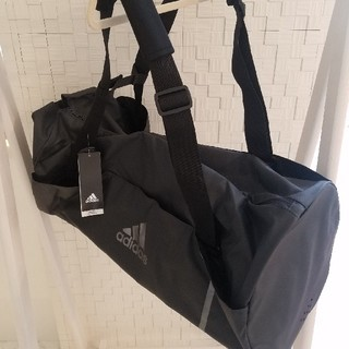 adidas - 【ラスト1点】新品adidasボストンバッグ