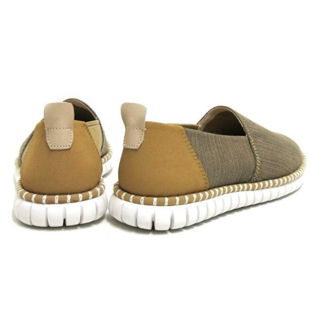 Clarks(クラークス)の 新品 Clarks MZT Verve スリッポン定価18,360円 27.0 メンズの靴/シューズ(スリッポン/モカシン)の商品写真