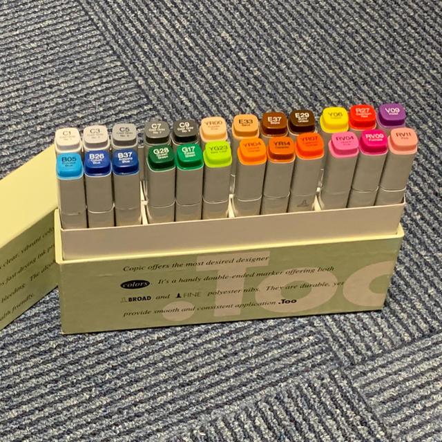 コピックマーカー24色セット Tooマーカープロダクツ エンタメ/ホビーのアート用品(カラーペン/コピック)の商品写真