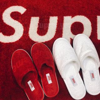 シュプリーム(Supreme)のfrette slippers(スリッパ/ルームシューズ)