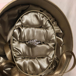 Foulasonのダイヤモンドリング▼プラチナ▼0.36ct▼証明書付き▼9号▼(リング(指輪))