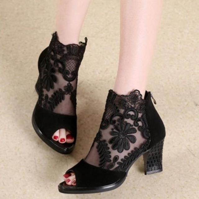 DIANAさん専用ページ 美脚サンダル  ブラック 22.5 レディースの靴/シューズ(サンダル)の商品写真