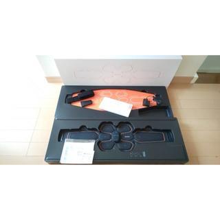 シックスパッド(SIXPAD)の購入証明あり 12/8購入 シックスパッド Abs Belt (トレーニング用品)