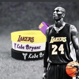 NBA コービー•ブライアント シリコンブレスレット4本セット(ブレスレット)