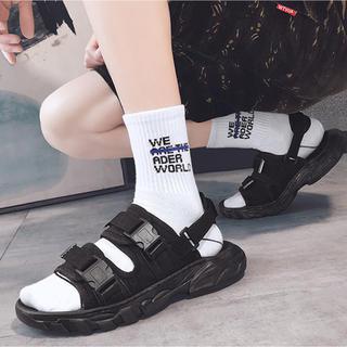 サンダル メンズ   クロ アカ 男女兼用 新品 送料無料(サンダル)