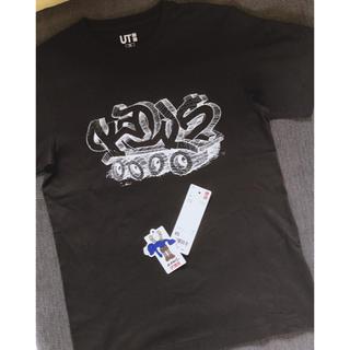 ユニクロ(UNIQLO)のKAWS*UTコラボ グラフィックtシャツ*サイズXS(アイドルグッズ)