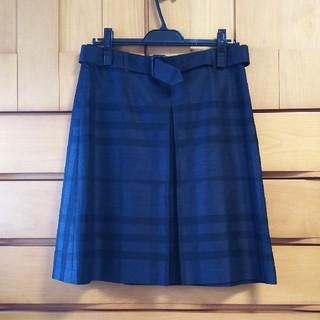 バーバリー(BURBERRY)のバーバリー40* センタープリーツスカート(ひざ丈スカート)