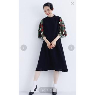 merlot - 花刺繍レースシアースリーブワンピース