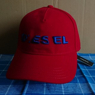 ディーゼル(DIESEL)の【ラスト1着!!】【新品未使用品】  DIESEL キャップ レッド(キャップ)
