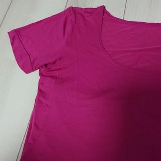 ユニクロ(UNIQLO)のユニクロ ヒートテック半袖 ピンク(アンダーシャツ/防寒インナー)