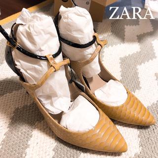 ザラ(ZARA)の新品未使用★ZARA コンビスネーク型押しパンプス(ハイヒール/パンプス)