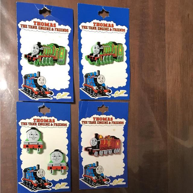 ハローキティ(ハローキティ)の新品 トマス機関車.キティーちゃん.ウルトラマン ボタン ハンドメイドの素材/材料(各種パーツ)の商品写真