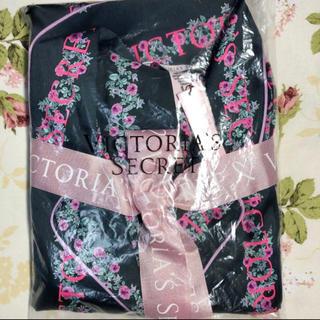 Victoria's Secret - ヴィクトリアシークレット サテン パジャマ S【新品】【即日発送】