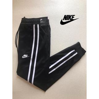 ナイキ(NIKE)の大人気Nike tribute スウェットパンツ ジョガーパンツ新品(その他)