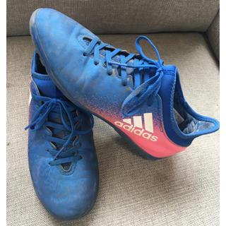 アディダス(adidas)の美品 アディダス サッカー シューズ エックス トレシュー (シューズ)