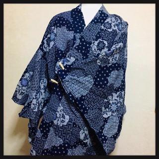 浴衣 日本製 藍染め? 和柄 モダン柄   古典 桜 青海波 花菱(浴衣)