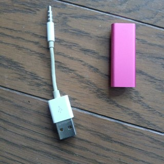 アップル(Apple)のiPod shuffle 第3世代 ピンク(ポータブルプレーヤー)