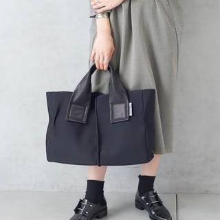 PAPILLONNER - 美品♥️カワカワ kawa kawa ウエットトートバッグ ブラック 黒