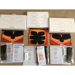 シックスパッド(SIXPAD)の新品 Sixpad 3点セット シックスパッド1set ボディフィット2set(トレーニング用品)