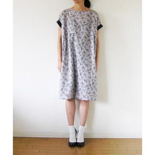 シンディー(SINDEE)のSINDEE FLORAL TUCK DRESS(ひざ丈ワンピース)