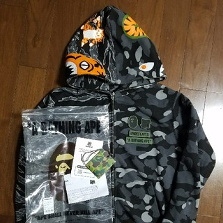 A BATHING APE - BAPE ✕ UNDEFEATED シャークタイガーパーカー  XL