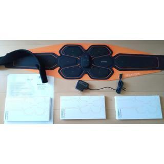 シックスパッド(SIXPAD)のAbs Belt LL/3L シックスパッド充電式 ジェルあり(トレーニング用品)