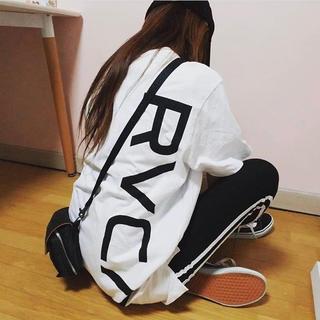 RVCA - Lサイズ ⭐︎ RVCA ルーカ new world ロゴTシャツ バックロゴ