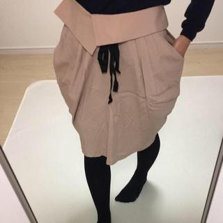 エイチアンドエム(H&M)の美品‼︎ H&M ベージュスカート(ひざ丈スカート)