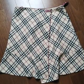 バーバリー(BURBERRY)のケロピ様  専用🌠(ひざ丈スカート)