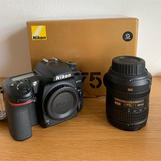 Nikon - Nikon D7500 ボディ + Nikkor 18-85 レンズ