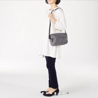 ムジルシリョウヒン(MUJI (無印良品))の無印良品 ポリエステル背面ポケット付ショルダーバッグ(ショルダーバッグ)