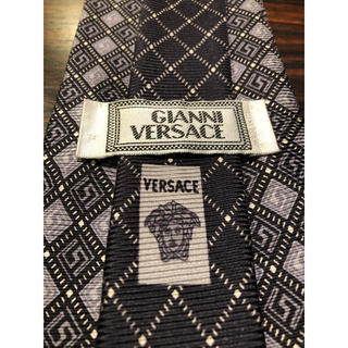 Gianni Versace - 【GIANNI VERSACE】美品 ネクタイ 使い易いブラック