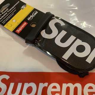 シュプリーム(Supreme)のSupreme SealLine See Pouch Small 黒(コインケース/小銭入れ)