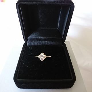 【美品】K18 YG 天然ホワイトダイヤモンド 0.3ct フラワーリング(リング(指輪))