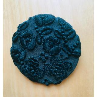 mina perhonen - 新品 ミナペルホネン  サンキューベリーバッジ ブローチ flower cake