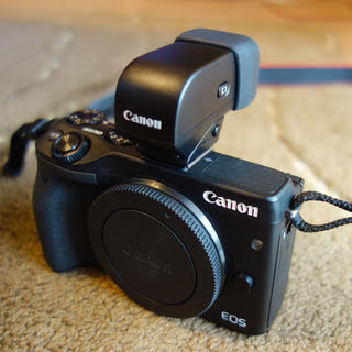 Canon - EOS M3 BODY (EVFキット)