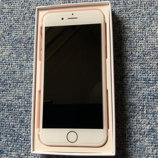 アップル(Apple)のiPhone 6s Rose Gold 64 GB SIMフリー(バッテリ新品)(携帯電話本体)