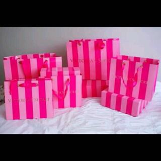 ヴィクトリアズシークレット(Victoria's Secret)のVS ピンクレースブラ 32C(ブラ)