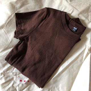 UNIQLO - ユニクロ リブTシャツ ブラウン