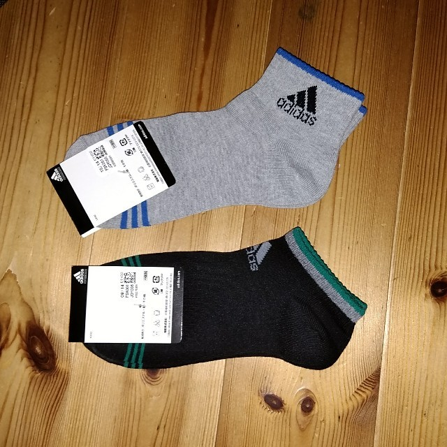 adidas(アディダス)のadidas レディースソックス 2足 23-25㎝ レディースのレッグウェア(ソックス)の商品写真