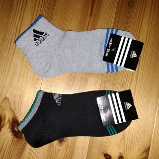 adidas レディースソックス 2足 23-25㎝