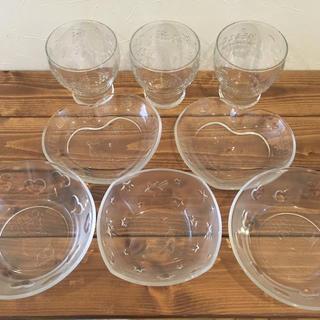 ハローキティ(ハローキティ)のハローキティ ガラス食器 8枚セット(食器)