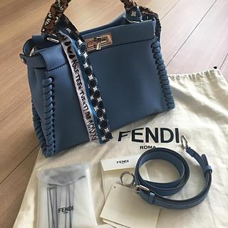 FENDI - 【超美品!大特価ラッピー付き】フェンディ  ピーカブーレギュラー