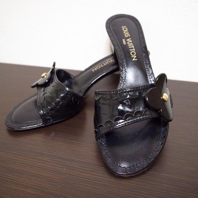 LOUIS VUITTON(ルイヴィトン)の美品♡ルイヴィトン サンダル 靴 黒 レディースの靴/シューズ(サンダル)の商品写真