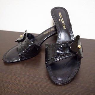 ルイヴィトン(LOUIS VUITTON)の美品♡ルイヴィトン サンダル 靴 黒(サンダル)