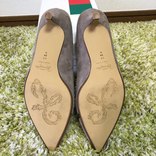 GINZA Kanematsu(ギンザカネマツ)のakyko様用 24cm 銀座かねまつ グレー スエード ポインテッドパンプス レディースの靴/シューズ(ハイヒール/パンプス)の商品写真