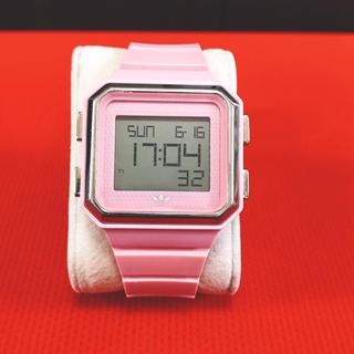アディダス デジタル腕時計