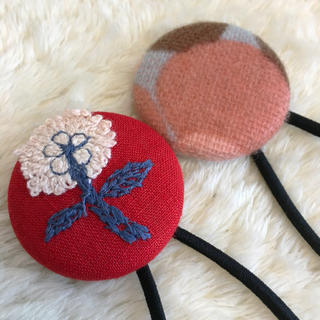 ミナペルホネン(mina perhonen)のミナペルホネン ヘアゴム handmade くるみボタン セット ②(ヘアアクセサリー)